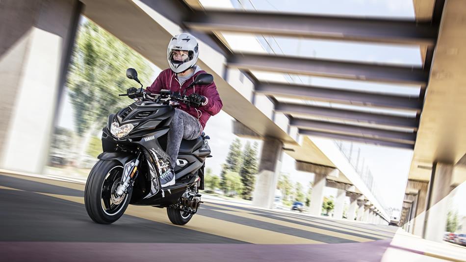 yamaha aerox naked scooter knallert