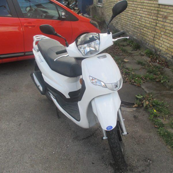 PEUGEOT scooter tweet 4T