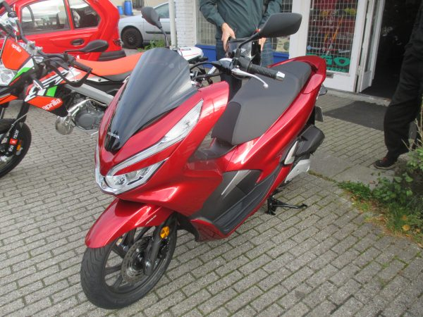 HONDA PCX 125 MC Scooter