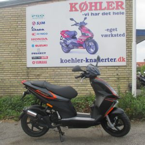 PIAGGIO NRG POWER scooter knallert