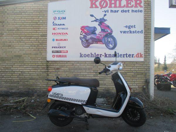 MOTO CR LIGERO scooter forhandler
